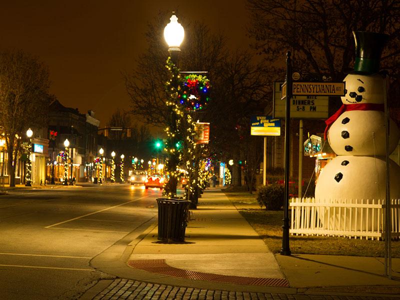 pole-snowman